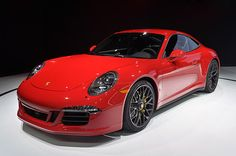 Porsche finds space in between the 911 Carrera and 911 GT3 for another four variants at the 2014 LA Auto Show.