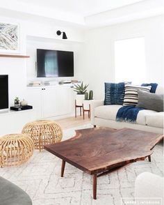 Find out why modern living room design is the way to go! A living room design to make any living room decor ideas be the brightest of them all. Home Living Room, Living Room Designs, Living Room Decor, Living Spaces, Apartment Living, Living Area, White Apartment, Kitchen Living, Estilo California