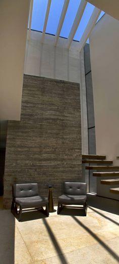 Casa 4 Puntos / Club de Golf BR: Paredes y pisos de estilo Moderno por Maz Arquitectos