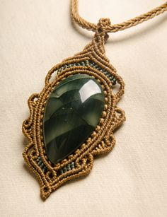 Macrame Moss Agate Pendant Necklace Gemstone Vintage by Amonithe