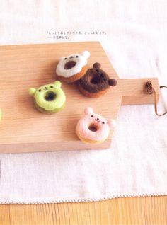 Master Collection Chiku Chiku 04 Sweets Felt by MeMeCraftwork Felt Crafts Diy, Book Crafts, Arts And Crafts, Felt Cake, Wool Dolls, Felt Toys, Felt Animals, Needle Felting, Wool Felt