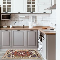 There is no question that designing a new kitchen layout for a large kitchen is much easier than for a small kitchen. A large kitchen provides a designer with adequate space to incorporate many convenient kitchen accessories such as wall ovens, raised. Modern Farmhouse Kitchens, Rustic Kitchen, Cool Kitchens, Kitchen Decor, Kitchen Ideas, Dream Kitchens, Homey Kitchen, 10x10 Kitchen, Functional Kitchen