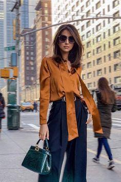 Fall Fashion Outfits, Look Fashion, City Fashion, Woman Outfits, Parisian Chic Fashion, Fashion Boots, Fashion Women, Classy Outfits, Stylish Outfits