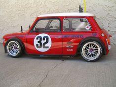 Mini Cooper Classic, Classic Mini, Mini Cooper Sport, Classic Cars, Mini Clubman, Mini Coopers, Mini Morris, Smart Car, Mini S