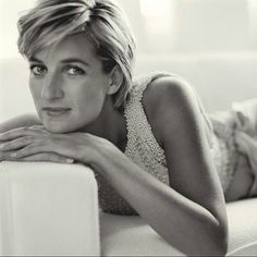 5 trocas inteligentes que ajudam a secar a barriga | MdeMulher Princesa Diana, Lady Diana, Quotes By Famous People, Famous Quotes, Positive People, Positive Quotes, Happy People, Princess Diana Quotes, Woman Quotes