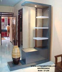 Lemari Penyekat Ruangan Modern 2 sisi adalah produk penyeket ruangan atau sketsel yang didesain minimalis menggunakan bahan kayu jati/mahoni terbaik.