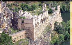 Ruinas del monasterio de Nuestra Sra. de la Hoz en las hoces del rio Duratón. Sebulcor. Segovia. Spain.