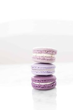 Traditional macaron recipes require almond flour and if you have an allergy, these no-nut Lavender Macarons are perfect for you! Violet Aesthetic, Lavender Aesthetic, Aesthetic Food, Macaron Wallpaper, Lavender Macarons, Macaroon Recipes, Cute Desserts, Purple Wallpaper, Nut Free