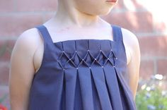 sew girly studio: Tiny Buttons and Honeycomb Smocking