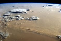 Sabbia dal Sahara  e ghiaccio dalla Groenlandia
