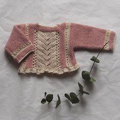 Conjunto chaqueta bebé primera puesta rosa empolvado y perle beige