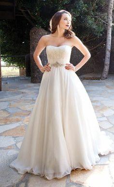 Sweetheart Organza Wedding Dress