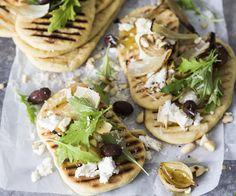 Fenkoli-flatbread ja karamellisoitu sipuli Camembert Cheese, Tacos, Ethnic Recipes, Food, Meals, Yemek, Eten