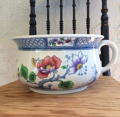Antique Chamber Pot Losol Ware Keeling & Co Pottery Burslem England Floral Pot Ironstone Centerpiece Ideas by MyVintageApartment on Etsy Hamptons Style Decor, The Hamptons, Centerpieces, Centerpiece Ideas, Porcelain Vase, Garden Styles, Vibrant Colors, England, Pottery