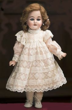 W Fine Porcelain China Diane Japan Scary Baby Costume, Baby Costumes, Old Dolls, Antique Dolls, Vintage Dolls, Beautiful Costumes, Beautiful Dolls, Doll Wardrobe, Doll Shop