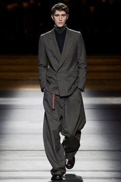 Sfilata Moda Uomo Dries Van Noten Parigi - Autunno Inverno 2016-17 - Vogue
