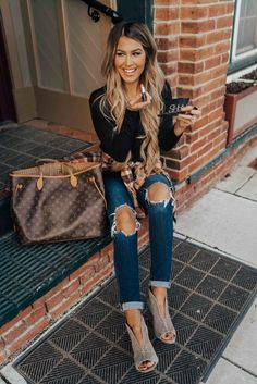 stylish clothes,newest fashion,hot new outfits,shop fashion Mom Outfits, Stylish Outfits, Cute Outfits, Fashion Outfits, Womens Fashion, Stylish Clothes, Short Outfits, Fashion Ideas, Fall Winter Outfits