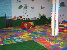 HOME DAYCARE IDEAS | SAFETY- love the corners covered on the pole
