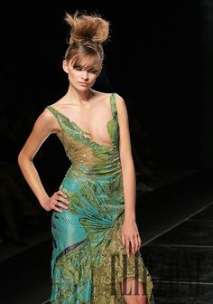 Abed Mahfouz Fall-winter 2005-2006 - Couture - http://www.flip-zone.com/abed-mahfouz,605