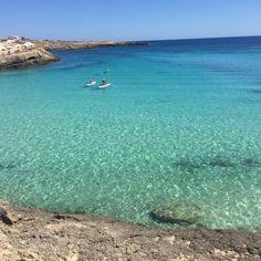 Non necessiti di alcun filtro. Bellezza pura e selvaggia. ☀️🐠🐬🐢🌊🏄🏽❤️ #lampedusa #calacroce #sun #sea #holiday #vacaciones #relax #meravigliadellanatura