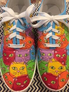 Women-039-s-Girl-039-s-Canvas-Hand-Painted-Rainbow-Kitty-Cat-Sneakers-Shoes-Size-8
