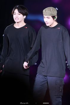 191026 Speak Yourself the Final in Seoul — [HQ] Taekook, Bts Taehyung, Bts Bangtan Boy, Vkook Memes, Bts Big Hit, Army Love, Jung Kook, I Love Bts, Bts Group