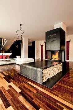 Es gibt viele Möglichkeiten ein Feuer zu nutzen, ob Speicherkamin, Grundofen oder Gaskamin. Wir finden zusammen die optimale Lösung für Ihre Wünsche. Home Fireplace, Fireplace Design, Fireplaces, Concrete Kitchen, Kitchen Time, Cabin Homes, Minimalist Home, Living Room Interior, Floor Rugs