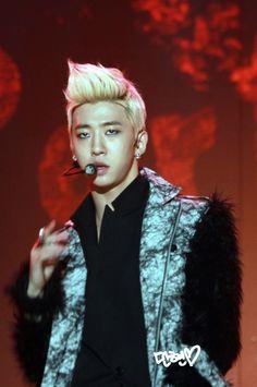 Bang Yong Guk at the MELON Awards