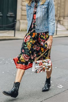 July 3, 2016 Tags Black, Pink, Paris, Blue, Yellow, Gucci, Denim, Veronika Heilbrunner, Boots, Multicolor, Levi's, Women, Prints, Florals, Jackets, Dresses, Bags, 1 Person, FW16 Women's Couture