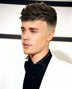 "2,116 curtidas, 32 comentários - Justinbieber (@justinbieberbl) no Instagram: ""This hair look perfect what you think about the Justin. . . OMG so beautifull pic ( tag your love…"""