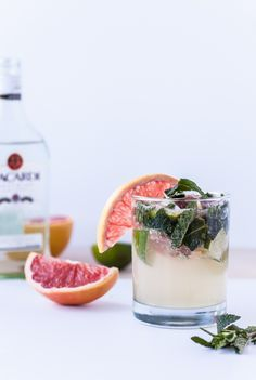 Grapefruit Mojitos #cocktail #party #drink #recipe