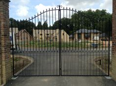 Large bespoke entrance gates to house community in Cambridgeshire.
