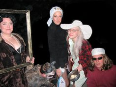 How to: have a Grey Gardens theme party #halloween