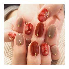 春の好印象をゲット♡男女ともに愛されるMisato Urushimaさんのネイルアート in 2020 Fancy Nails Designs, Nail Art Designs Videos, Nail Designs, Red Manicure, Red Nails, Love Nails, Pretty Nails, Asian Nails, New Years Nail Art