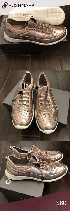 ECCO Soft 5 Size 40/US 9-9.5 - warm grey metallic/moon rock color. Super comfortable. New with tags, never worn. Ecco Shoes Sneakers