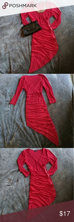 NWOT Beautiful Red Asymmetrical Dress Color: red Fit: curve loving (stretches) Description/Condition: NWOT/ this red beauty is lined and stretches to fit your curves & features a pairing of ruching and a zipper down the asymmetrical bodice. 3/4 length sleeves, length is 23 inches (armpit to bottom of zipper)/ 44 inches (armpit to bottom hem) Material: 96% polyester/ 4% spandex  ❤️ ALWAYS OPEN TO OFFERS/QUESTIONS ❤️ DISCOUNT FOR 2+ BUNDLE 🎉 Dresses Asymmetrical