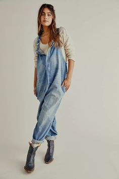 Cute Overalls, Overalls Women, Denim Overalls, Dungarees, Shorts, Denim Fashion, Boho Fashion, Designer Jeans For Women, Bohemian Lifestyle