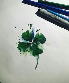 Four-Leaf clover. Would make a cute tattoo!!