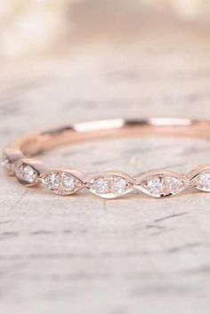 18 Delicate Rose Gold Wedding Rings You'll Never Want To Take Off