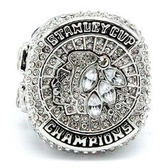Are you a proud Chicago Blackhawks fan? - Silver Plated - While Supplies Last! Limit 10 Per Order Please allow 4-6 weeks for shipping due to high demand Item Type: Rings Material: Solid Zinc Alloy Siz