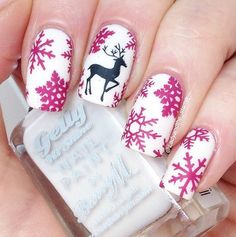 Get into the spirit of the season and dress those nails with the cutest colours and Christmas nail art ideas, here are a few nail art designs to choose from. Christmas Nail Art Designs, Holiday Nail Art, Winter Nail Art, Winter Nails, Christmas Design, Xmas Nails, Christmas Nails, Reindeer Christmas, Cute Nails