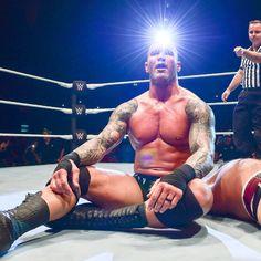 "721 Likes, 5 Comments - Randy Orton (@randy.orton) on Instagram: ""#WWEArgentina #RandyOrton #TheViper #RKO"""