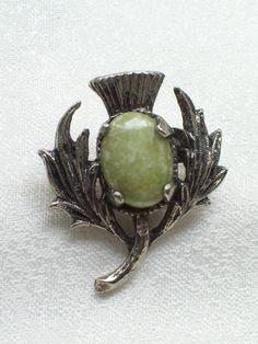 VINTAGE SCOTTISH THISTLE FAUX GREEN AGATE BROOCH/PIN COSTUME JEWELLERY. SOLD.