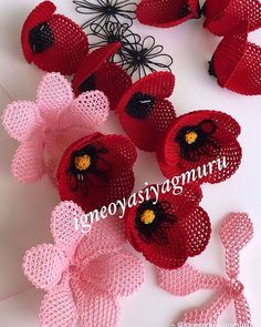 Brand Advertising Promotion Page on Ins Brand Advertising, Advertising And Promotion, Crochet Bouquet, Crochet Flowers, Needle Tatting, Needle Lace, Hairstyle Trends, Filet Crochet, Elsa