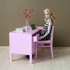 https://flic.kr/p/zXcD4q   pale rose   www.minimagine.com/2015/10/pale-rose.html  #poppyparker #playscale #furniturefordolls #sixthscale #minimagine #roombox #diorama #dollfurniture #barbiefurniture