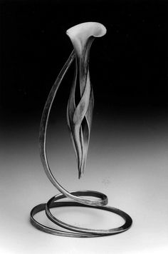 """Vessel For Tears"" Betty Helen Longhi Exhibiting member in Metal Welding Art Projects, Blacksmith Projects, Metal Projects, Metal Crafts, Sculpture Metal, Sculpture Ideas, Forging Metal, Steel Art, Metal Tools"