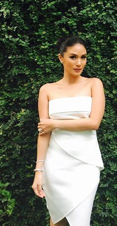 Herz Evangelista - New Site Fashion Wear, I Love Fashion, Fashion Outfits, Heart Evangelista Style, Grad Dresses, Summer Dresses, Graduation Picture Poses, Beach Attire, Trendy Outfits