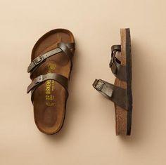 i love hippie sandals.