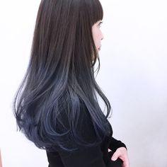 逆サイド。 Hair Color Streaks, Hair Color Blue, Cool Hair Color, Hair Highlights, Blue Hair, Hair Dyed Underneath, Brown Blonde Hair, Dye My Hair, Ombre Hair