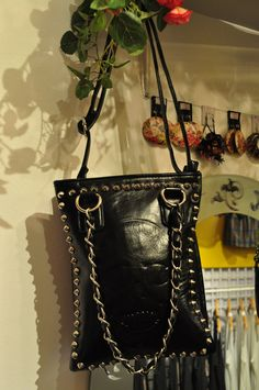 Another Purse... http://crisantemo.co/product-category/accessories/